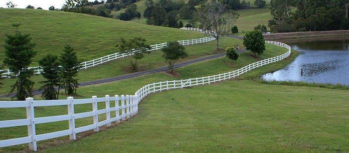 Polvin 3 Rail Fence in White