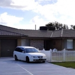 Homestead Picket Fence in White