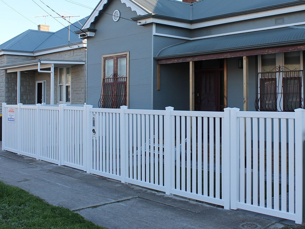 1.2m high Windsor Picket Fence with Standard Post Caps