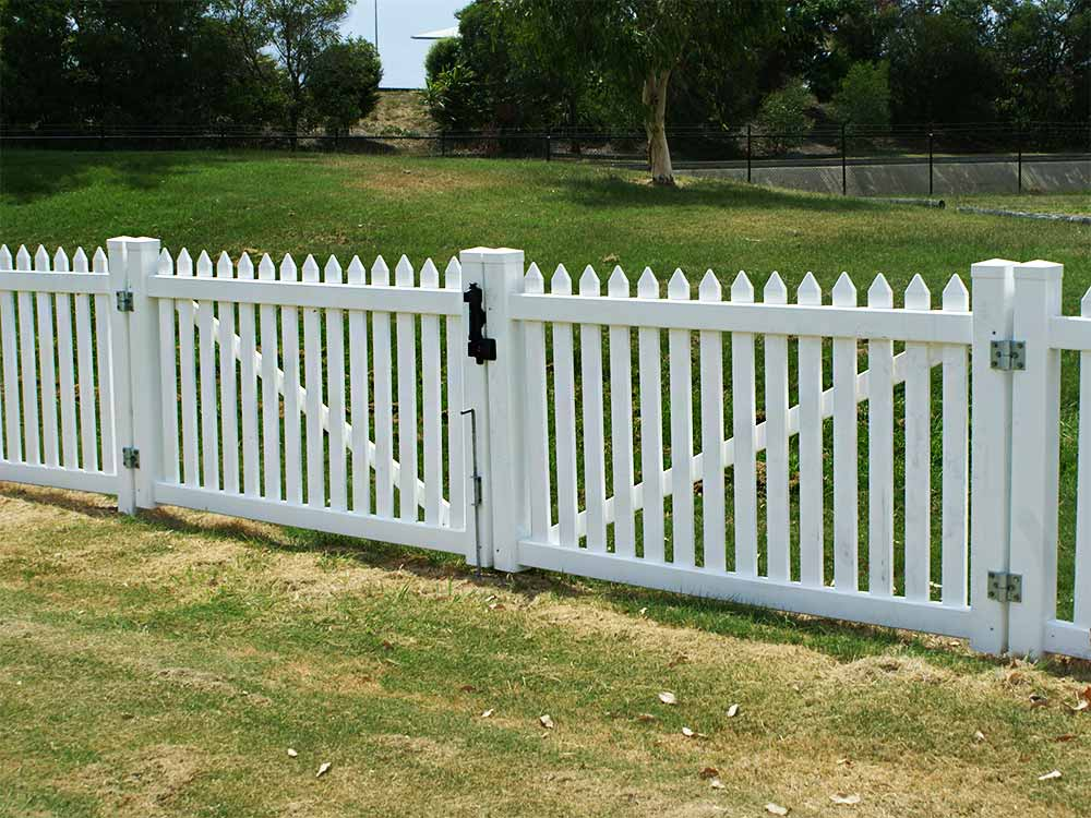 Picket Fence Vehicle Access Gate