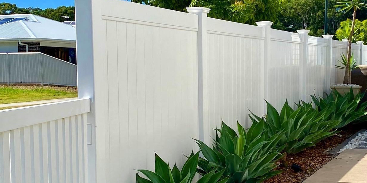Full Privacy - Complimenting your landscaping