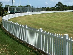 1.0m high Colonial Picket Fence Cricket Oval