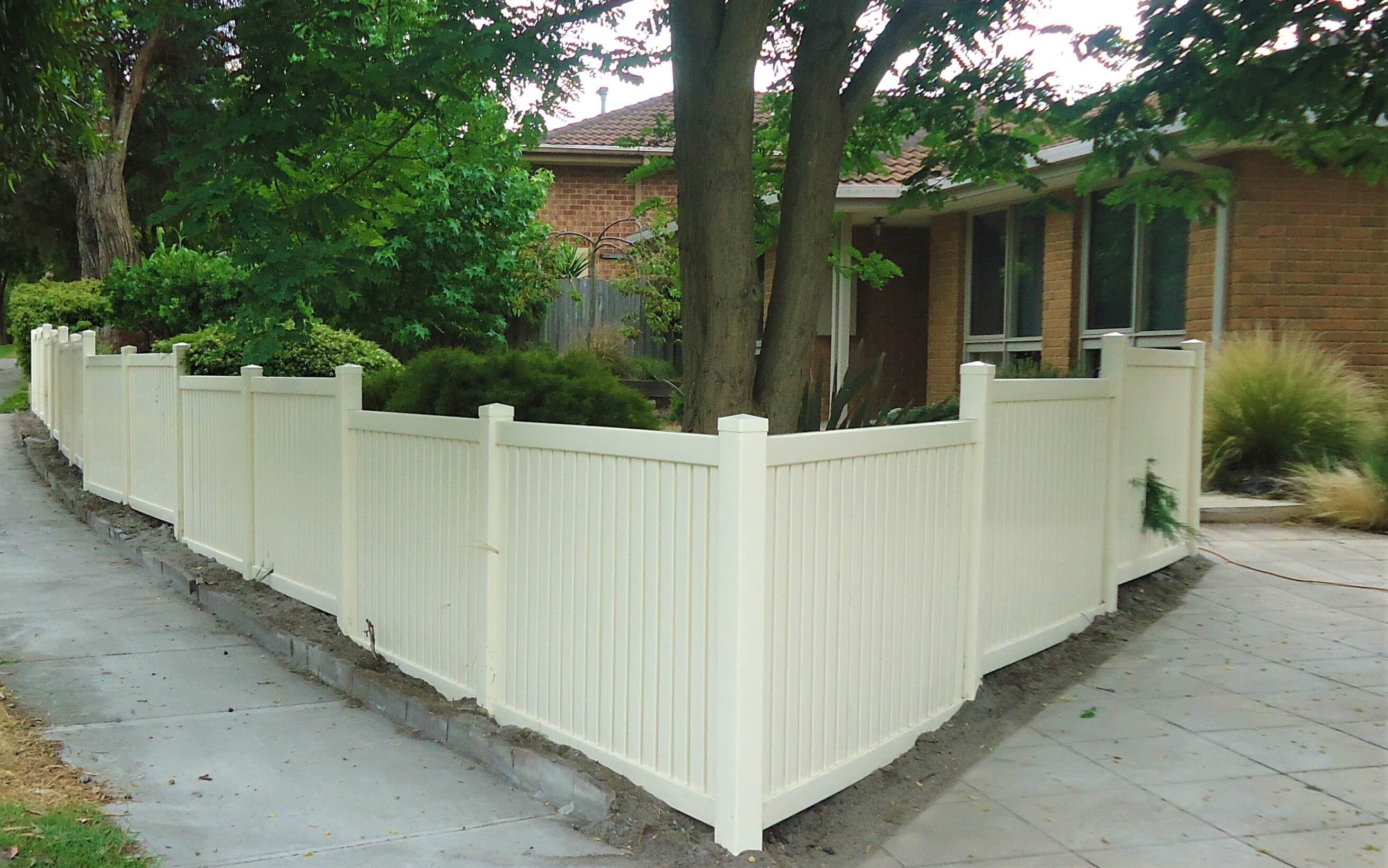 Semi Privacy - Stepped Fencing