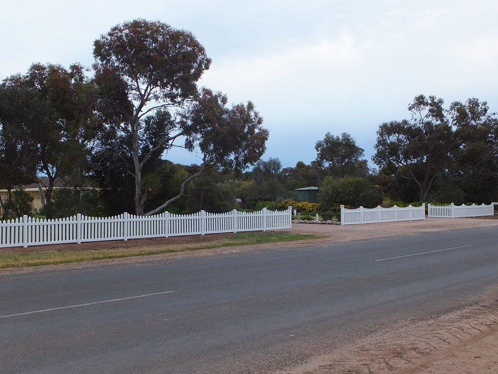 Sierra Picket Fence