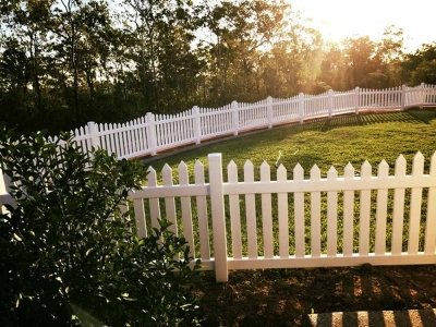 Sierra Picket Fence