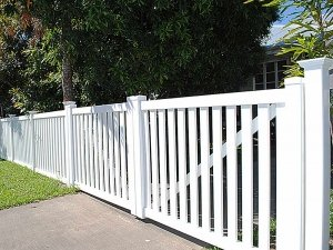 Windsor Picket Fence Double Gate