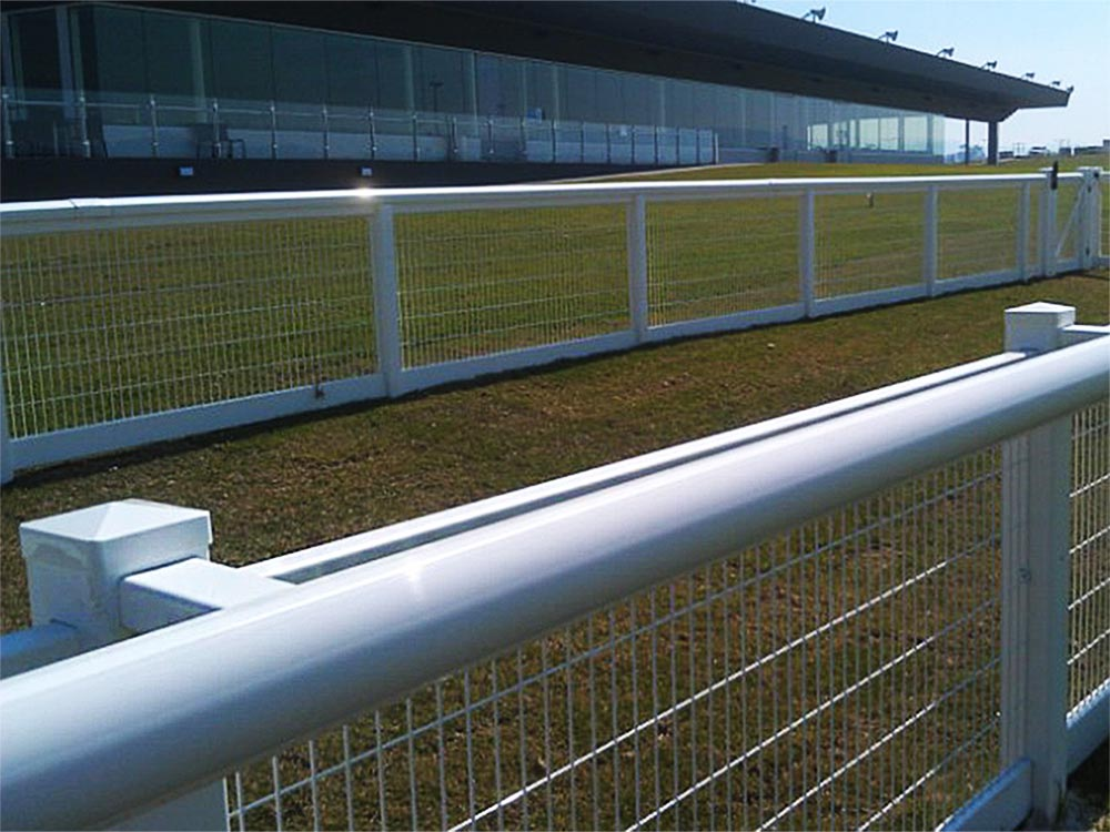 Mesh Fencing with Single Offset