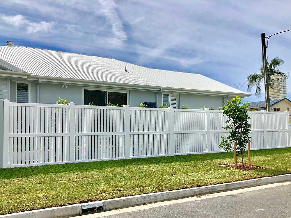 1.8m high Semi-Privacy Fence White